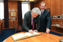 Kenny meets new SDLP Leader -1